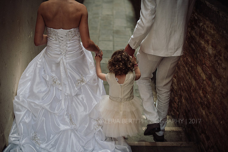 Intimate Wedding In Venice With Baby